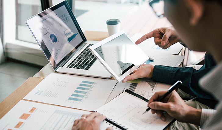 kryzys,portfolio,ebook,HSebook,highsolutions,consulting IT,software house,transformacja cyfrowa,dlaczego consulting IT jest ważny